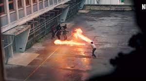 Σκηνή από τη ταινία του Netflix Πως έγινα υπερήρωας