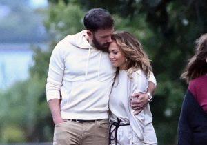 Η Jennifer Lopez και ο Ben Affleck ερωτευμένοι