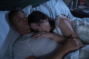 Ο Κούπερ και η Μπίλι στο κρεβάτι