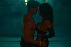 Ερωτική σκηνή ανάμεσα σε πρωταγωνιστές στο sex life