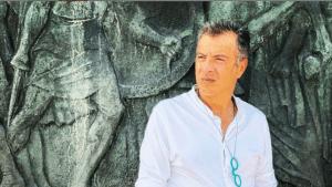 Όλο το παρασκήνιο της μεγάλης επιστροφής του Σταύρου Θεοδωράκη στη TV