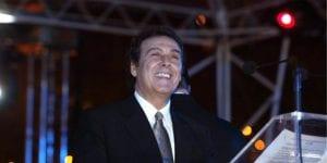 Ο Τόλης Βοσκόπουλος