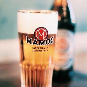 Σε φωτογραφία μπύρα μάμος