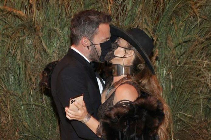 Jennifer Lopez και Ben Affleck στο Met Gala