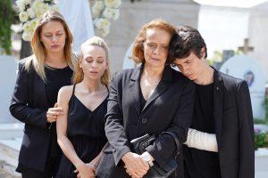 Η κηδεία του Φίλιππου στη σειρά Ήλιος