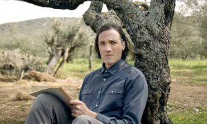 Ο Ανδρέας Κωνσταντίνου στην πρεμιέρα της σειράς Καρτ Ποστάλ στο ERTFLIΧ