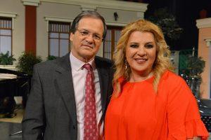 ο μουσικοσυνθέτης Χρήστος Νικολόπουλος και η Αθηνά Καμπάκογλου σε μουσική εκπομπή στην ΕΡΤ2