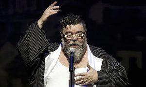 συναυλία στην Δραπετσώνα έδωσε ο Σταμάτης Κραουνάκης