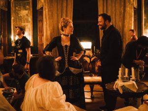 Ο Λάνθιμος κι η Emma Stone στην ταινία Poor Things